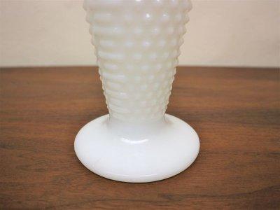 画像2:  ビンテージ ミルクガラスフラワーベース