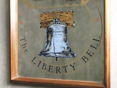 画像2: ビンテージ The LIBERTY BELL パブミラー